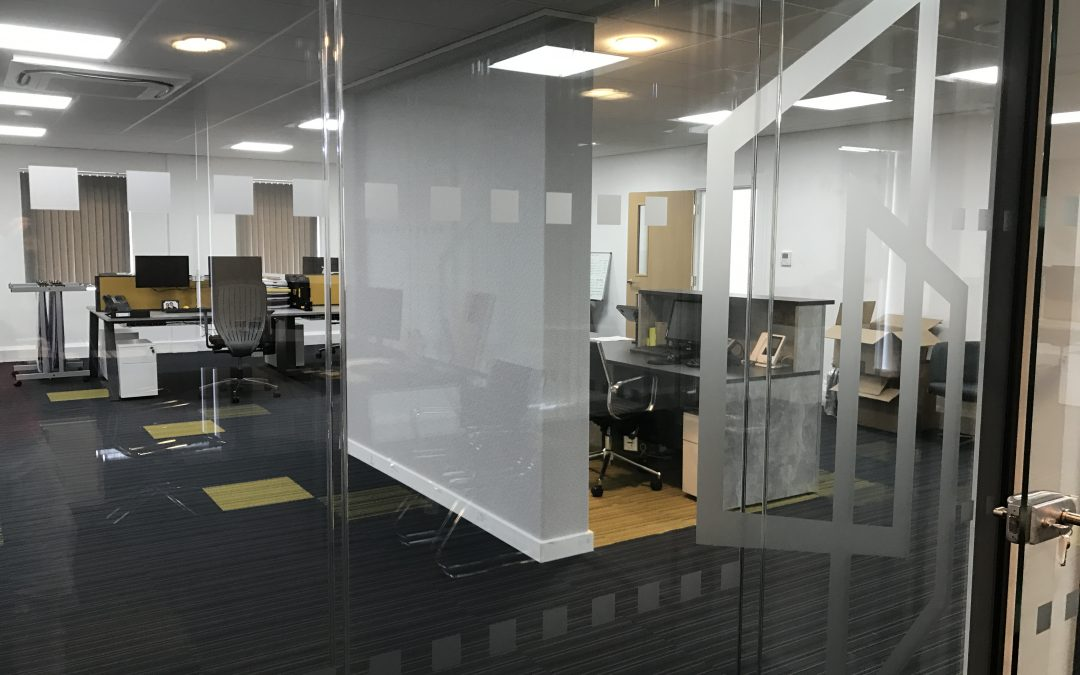 Why Glass Manifestation Is Becoming So Popular